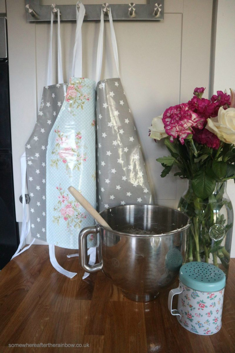 pastel and grey aprons